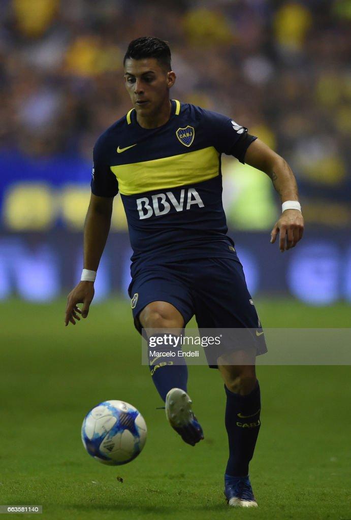 Boca Juniors v Defensa y Justicia - Torneo Primera Division 2016/17 : ニュース写真