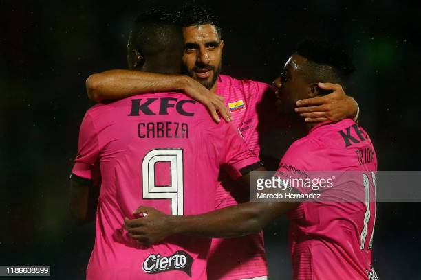 Cristian Pellerano of Independiente del Valle celebrates with teammates after winning the final of Copa CONMEBOL Sudamericana 2019 between Colon and...