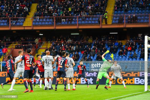 Cristian Romero of Genoa scores a goal during the Serie A match between Genoa CFC and AS Roma at Stadio Luigi Ferraris on May 5 2019 in Genoa Italy