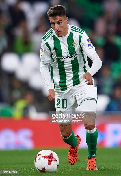 Cristian Tello of Real Betis Balompie in action during the Copa del Rey Round of 32 Second Leg match between Real Betis Balompie and Cadiz CF at...