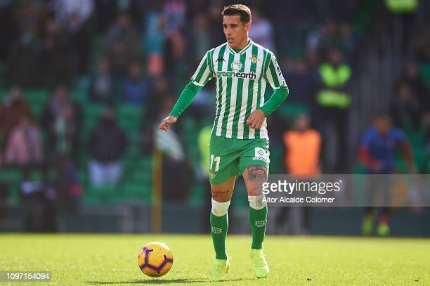 Cristian Tello of Real Betis Balompie in action during the La Liga match between Real Betis Balompie and Girona FC at Estadio Benito Villamarin on...