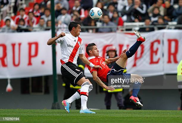 Cristian Tula of Independiente in action during a match between River Plate and Independiente as part of the Torneo Final 2013 at the Monumental...