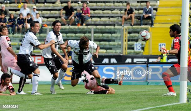 Cristian Zaccardo of Parma scores the opening goal of the Serie A match between Parma FC and US Citta di Palermo at Stadio Ennio Tardini on September...