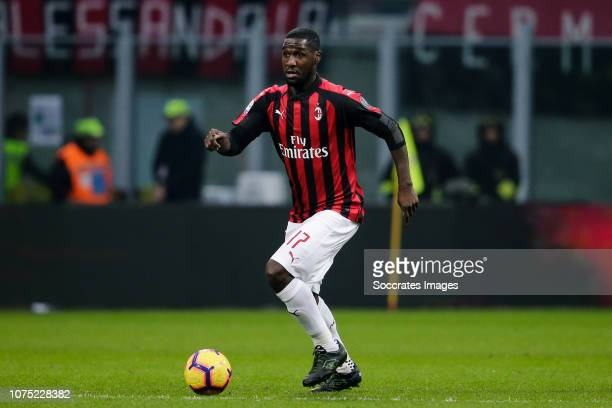 Cristian Zapata of AC Milan during the Italian Serie A match between AC Milan v Fiorentina at the San Siro on December 22, 2018 in Milan Italy