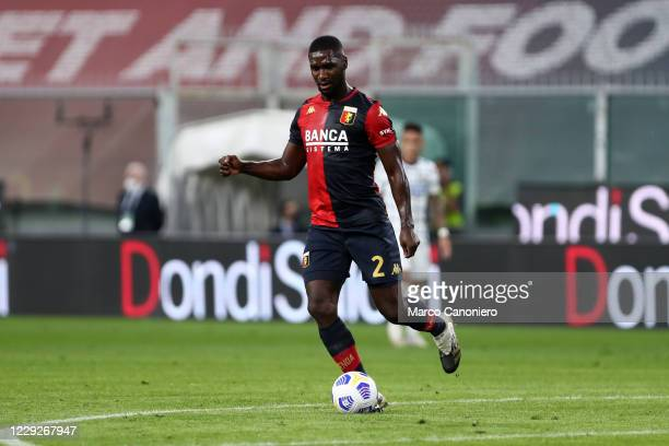 Cristian Zapata of Genoa Cfc in action during The Serie A match between Genoa Cfc and FC Internazionale. Fc Internazionale wins 2-0 over Genoa Cfc.