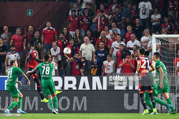 Cristian Zapata of Genoa scores a goal during the Serie A match between Genoa CFC and ACF Fiorentina at Stadio Luigi Ferraris on September 1, 2019 in...