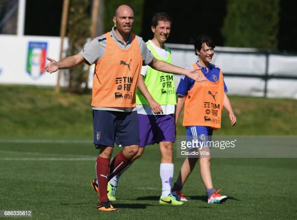 Cristiana Capotondi and Andrea Pezzi react during a friendly match during the Italian Football Federation Kick Off Seminar on May 21 2017 in Florence...