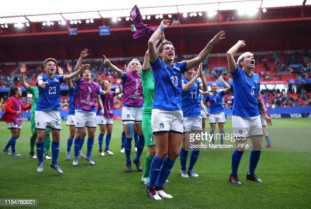 Cristiana Girelli and teammates of Italy celebrate victory in the 2019 FIFA Women's World Cup France group C match between Australia and Italy at...