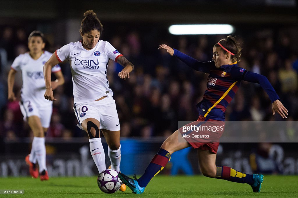 Cristiane Rozeira of Paris Saint-Germain conducts the ball next to Gemma Gili of FC Barcelona during the UEFA Women's Champions League Quarter Final first leg match between FC Barcelona and Paris Saint-Germain at Miniestadi on March 23, 2016 in Barcelona, Spain.