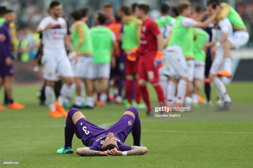 Cristiano Biraghi of ACF Fiorentina shows his dejection during the serie A match between ACF Fiorentina and Cagliari Calcio at Stadio Artemio Franchi on May 13, 2018 in Florence, Italy.
