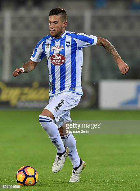 Cristiano Biraghi of Pescara Calcio in action during the Serie A match between Pescara Calcio and Atalanta BC at Adriatico Stadium on October 26 2016...