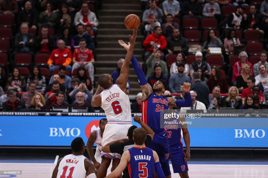 NBA: Chicago Bulls v Detroit Pistons : ニュース写真