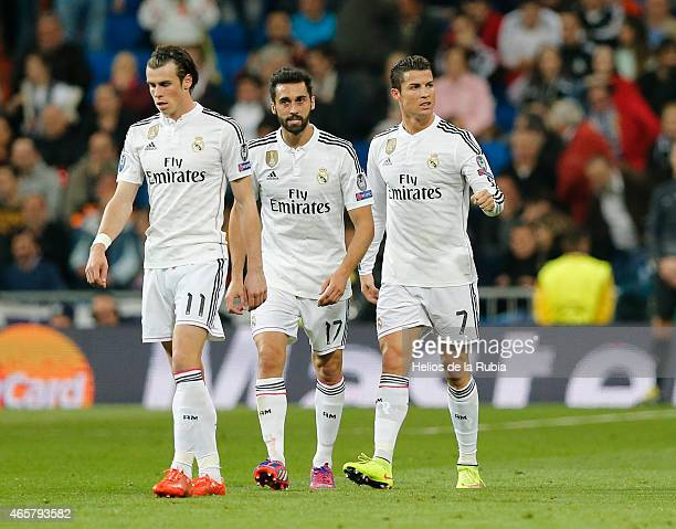 Cristiano Ronaldo Alvaro Arbeloa and Gareth Bale of Real Madrid celebrate after scoring during the UEFA Champions League Round of 16 second leg match...