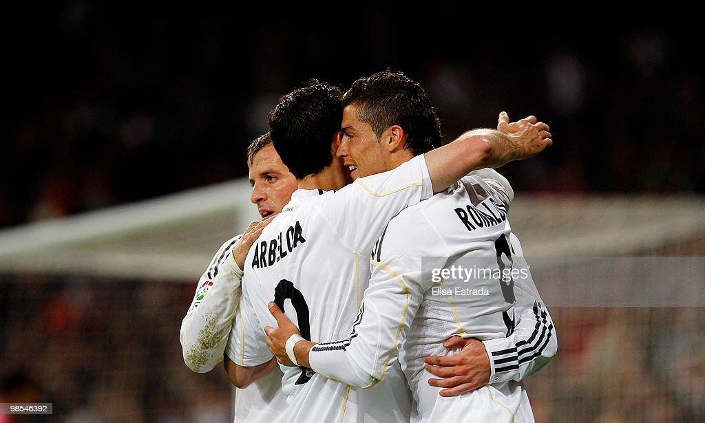 Real Madrid v Valencia - La Liga : ニュース写真