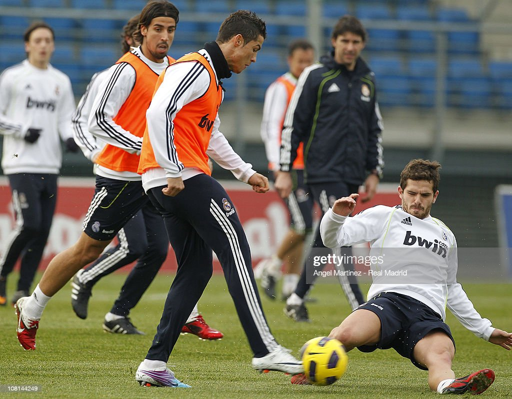 Real Madrid Training Session And Press Conference : News Photo