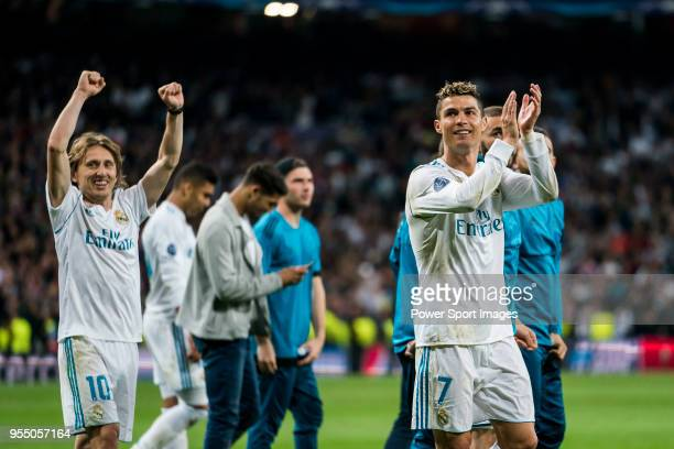 Cristiano Ronaldo and Luka Modric of Real Madrid celebrates after the UEFA Champions League Semi Final Second Leg match between Real Madrid and...