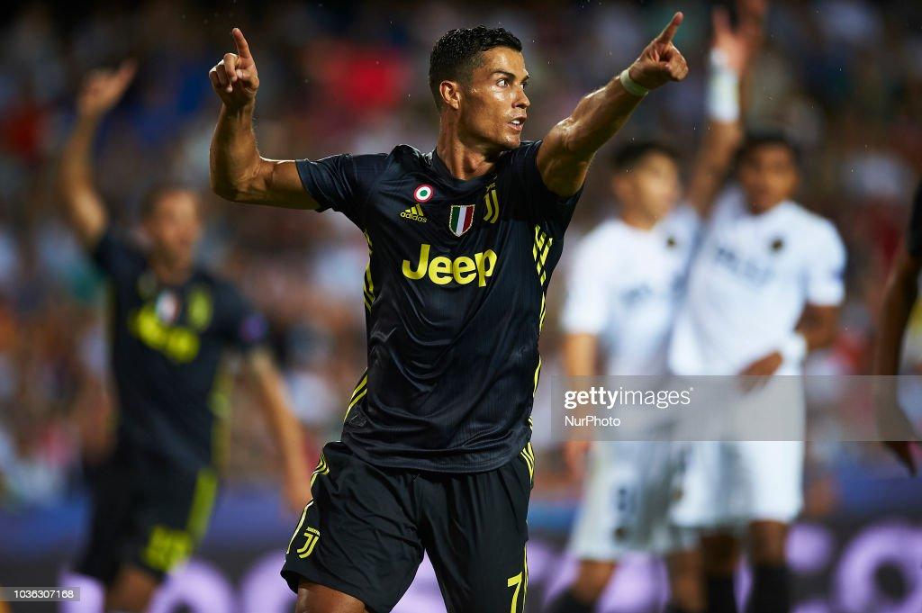 Valencia v Juventus - UEFA Champions League Group H : ニュース写真