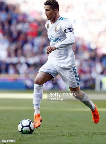 Cristiano Ronaldo in action during the La Liga match between Real Madrid and Deportivo Alavés SAD at Estadio Santiago Bernabéu.