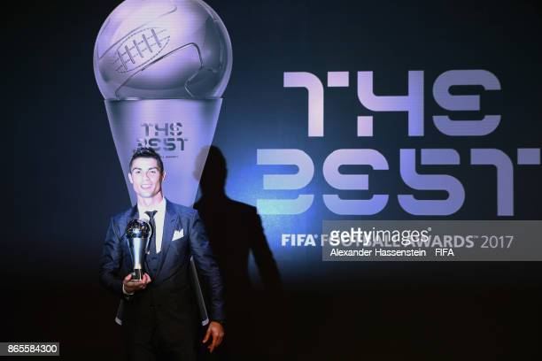 12 845 Cristiano Ronaldo Fifa Photos And Premium High Res Pictures Getty Images