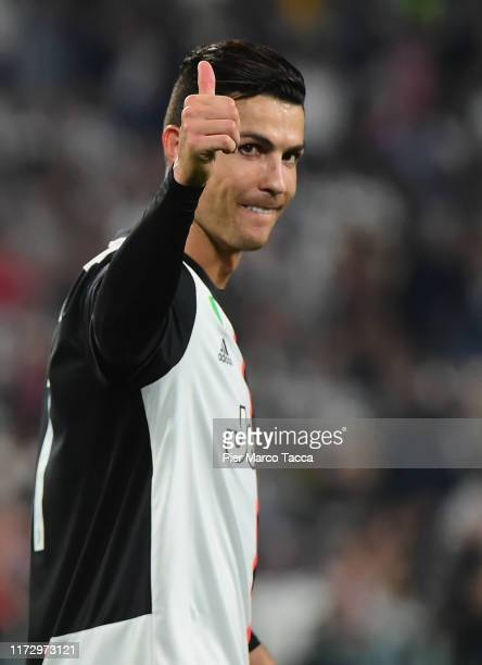 Cristiano Ronaldo of FC Juventus celebrates the victory during the UEFA Champions League group D match between Juventus and Bayer Leverkusen at...