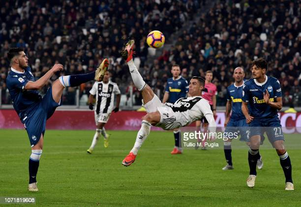 Cristiano Ronaldo of Juventus attempts an overhead kick during the Serie A match between Juventus and SPAL at Allianz Stadium on November 24 2018 in...