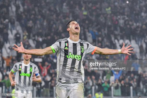 Cristiano Ronaldo of Juventus celebrates after his goal of 21 during the Serie A match between Juventus and Genoa CFC at Allianz Stadium on October...