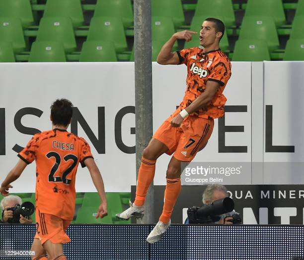 Cristiano Ronaldo of Juventus celebrates after scoring a goal 1-4 during the Serie A match between Spezia Calcio and Juventus at Dino Manuzzi Stadium...