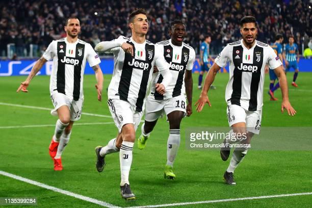Cristiano Ronaldo of Juventus celebrates scoring his side's third goal during the UEFA Champions League Round of 16 Second Leg match between Juventus...
