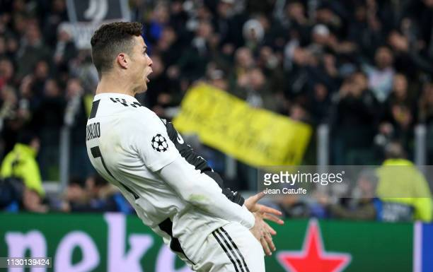 Cristiano Ronaldo of Juventus celebrates the victory at final whistle following the UEFA Champions League Round of 16 Second Leg match between...