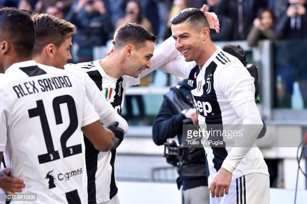 Cristiano Ronaldo of Juventus celebrates with teammates after scoring the opening goal during the Serie A match between Juventus and UC Sampdoria on...