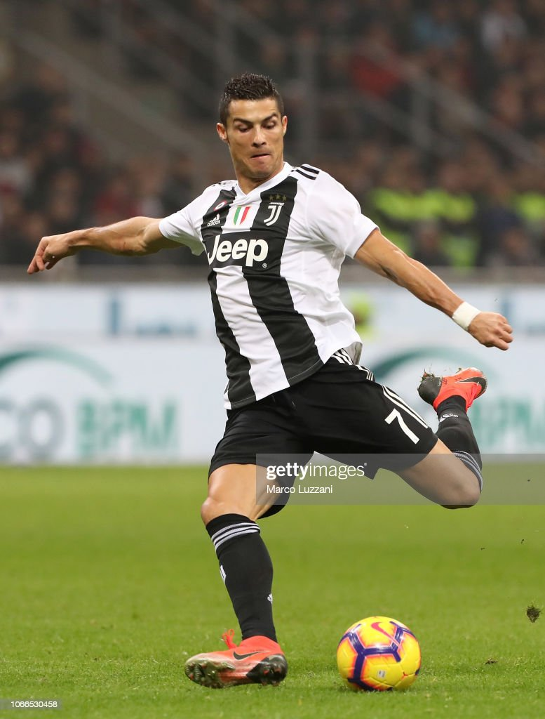 AC Milan v Juventus - Serie A : News Photo
