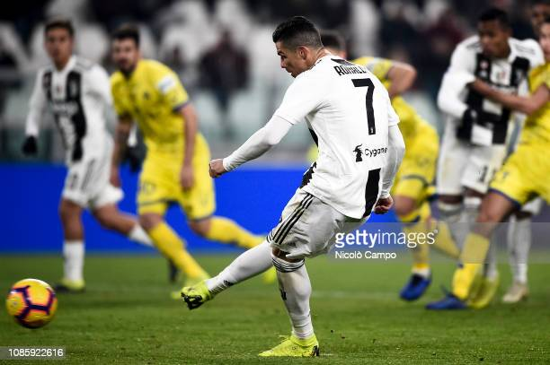 Cristiano Ronaldo of Juventus FC misses a penalty kick during the Serie A football match between Juventus FC and AC ChievoVerona Juventus FC won 30...