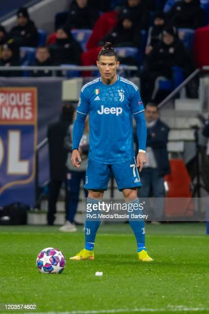 Cristiano Ronaldo of Juventus focuses before shooting a free kick during the UEFA Champions League round of 16 first leg match between Olympique Lyon...
