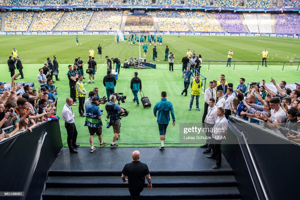 Cristiano Ronaldo of Madrid enters the pitch for a Real Madrid training session ahead of the UEFA Champions League final between Real Madrid and Liverpool on May 25, 2018 in Kiev, Ukraine.