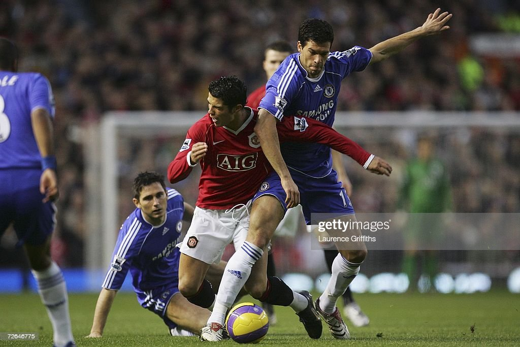 Manchester United v Chelsea : News Photo