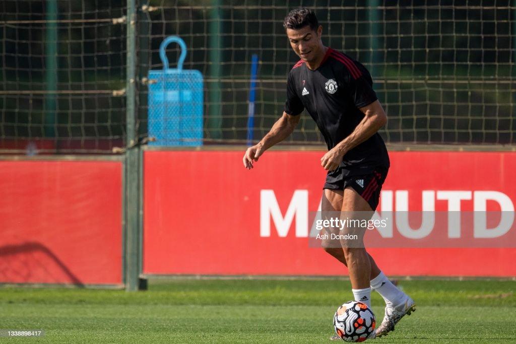 Cristiano Ronaldo Returns to Manchester United : News Photo