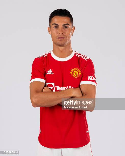 Cristiano Ronaldo of Manchester United poses after signing for the club on August 31, 2021 in Lisbon, Portugal.