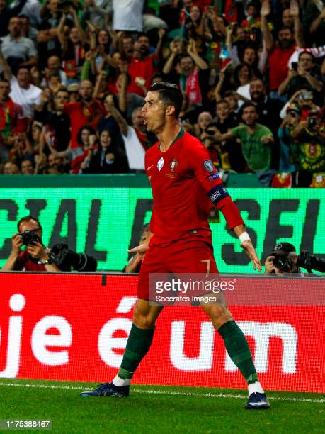 Cristiano Ronaldo of Portugal celebrates goal 2-0 during the UEFA Nations league match between Portugal v Luxembourg at the Estádio José Alvalade on...