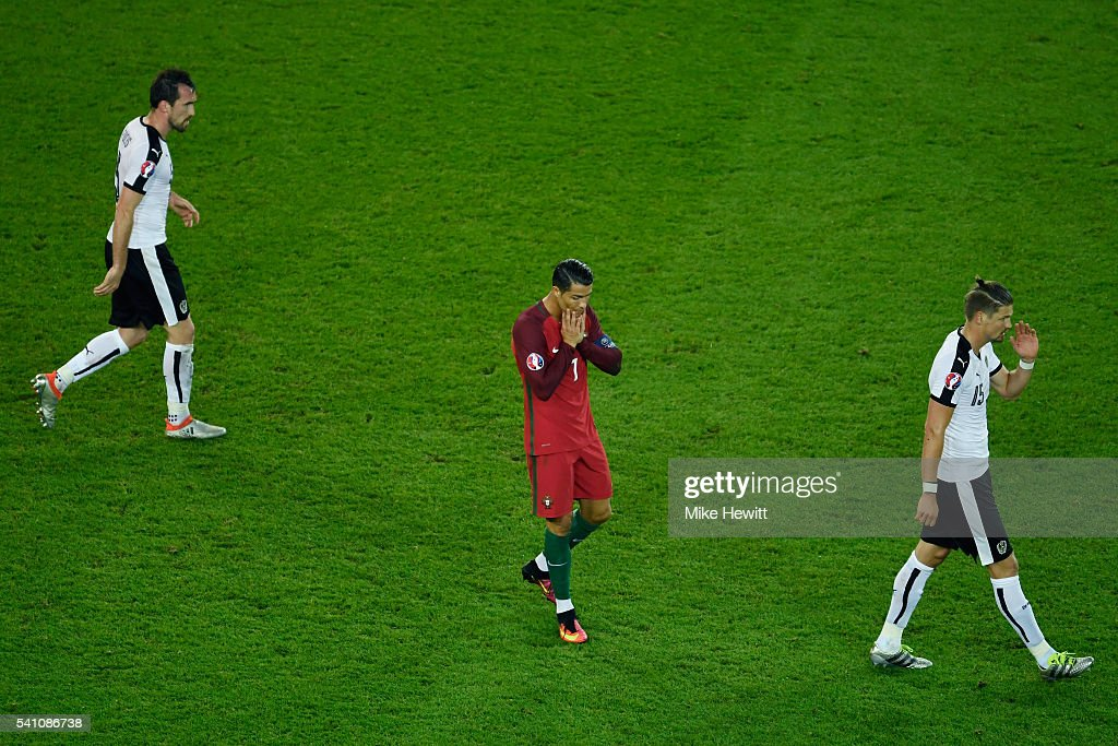Portugal v Austria - Group F: UEFA Euro 2016 : News Photo