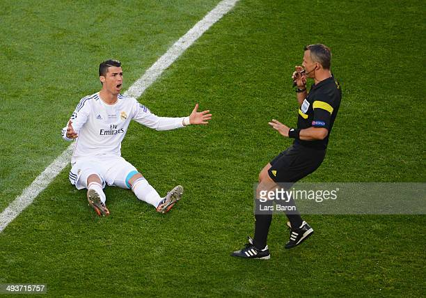 Cristiano Ronaldo of Real Madrid appeals to referee Bjorn Kuipers during the UEFA Champions League Final between Real Madrid and Atletico de Madrid...
