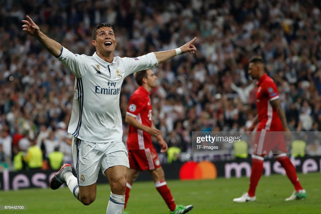 Cristiano Ronaldo of Real Madrid celebrates after scoring a goal during the UEFA Champions League Quarter Final second leg match between Real Madrid CF and FC Bayern Muenchen at Estadio Santiago Bernabeu on April 18, 2017 in Madrid, Spain.