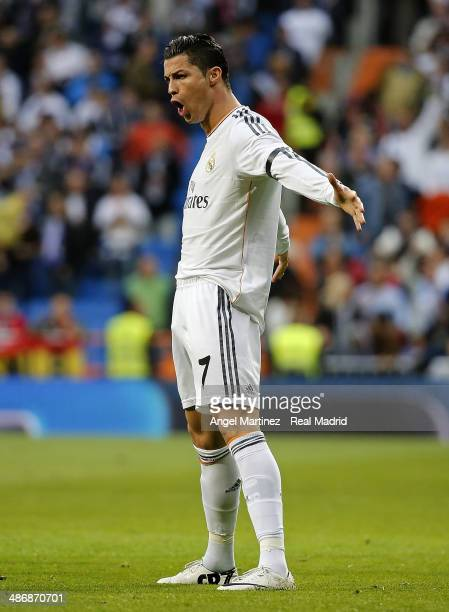 Cristiano Ronaldo of Real Madrid celebrates after scoring the opening goal during the La Liga match between Real Madrid and CA Osasuna at Estadio...