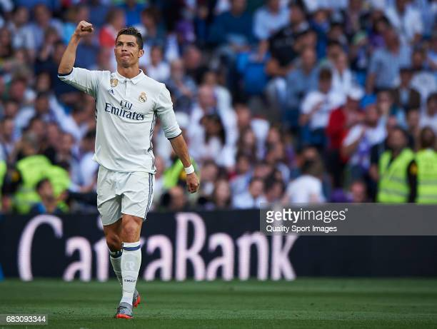 Cristiano Ronaldo of Real Madrid celebrates after scoring the second goal during the La Liga match between Real Madrid CF and Sevilla CF at Estadio...