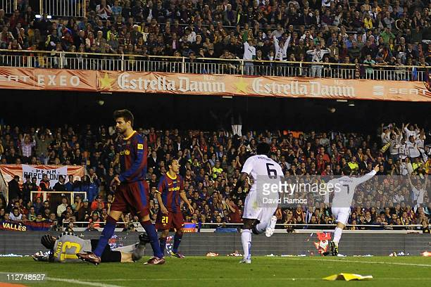 Cristiano Ronaldo of Real Madrid celebrates after scoring the winning goal during the Copa del Rey Final between Real Madrid and Barcelona at Estadio...
