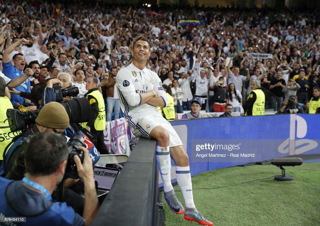 Real Madrid CF v Club Atletico de Madrid - UEFA Champions League Semi Final: First Leg : Nieuwsfoto's