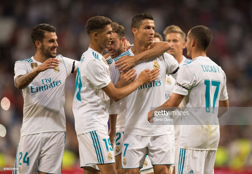 Cristiano Ronaldo of Real Madrid CF celebrates after scoring his teamÕs 2nd goalduring the Santiago Bernabeu Trophy match between Real Madrid CF and ACF Fiorentina at Estadio Santiago Bernabeu on August 23, 2017 in Madrid, Spain.