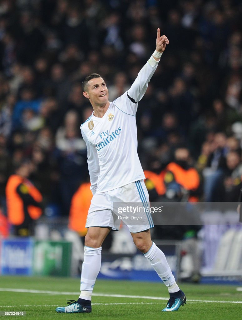 Cristiano Ronaldo of Real Madrid CF celebrates after scoring Real's 2nd goal during the UEFA Champions League group H match between Real Madrid and Borussia Dortmund at Estadio Santiago Bernabeu on December 6, 2017 in Madrid, Spain.