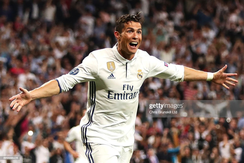 Cristiano Ronaldo of Real Madrid CF celebrates scoring his side's third goal during the UEFA Champions League Quarter Final second leg match between Real Madrid CF and FC Bayern Muenchen at Estadio Santiago Bernabeu on April 18, 2017 in Madrid, Spain.