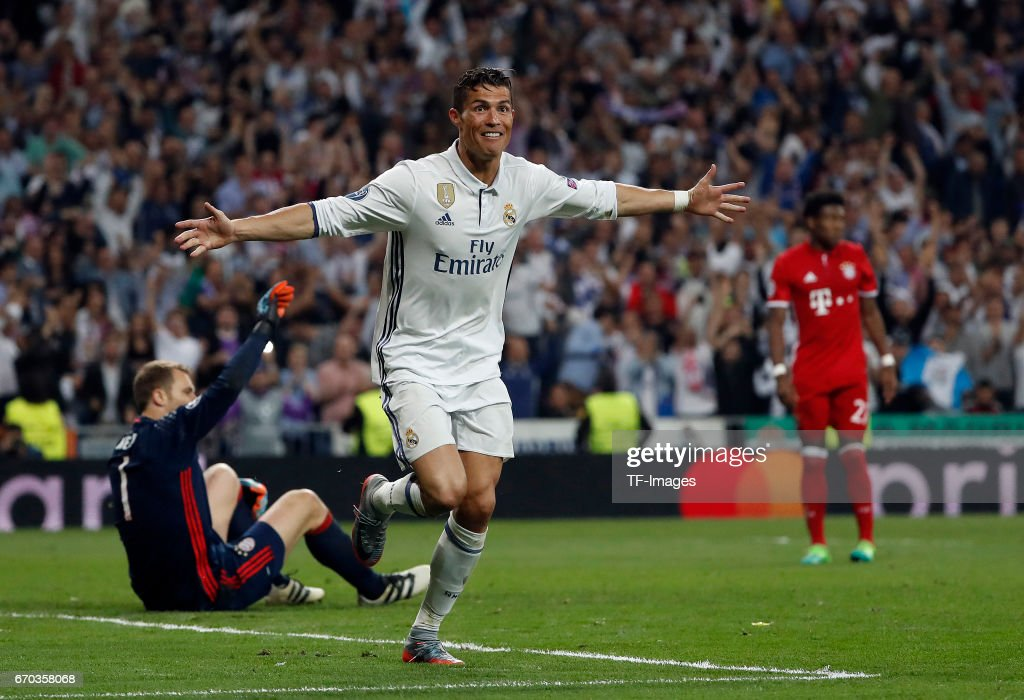 Cristiano Ronaldo of Real Madrid CF celebrates scoring their third goa during the UEFA Champions League Quarter Final second leg match between Real Madrid CF and FC Bayern Muenchen at Estadio Santiago Bernabeu on April 18, 2017 in Madrid, Spain.