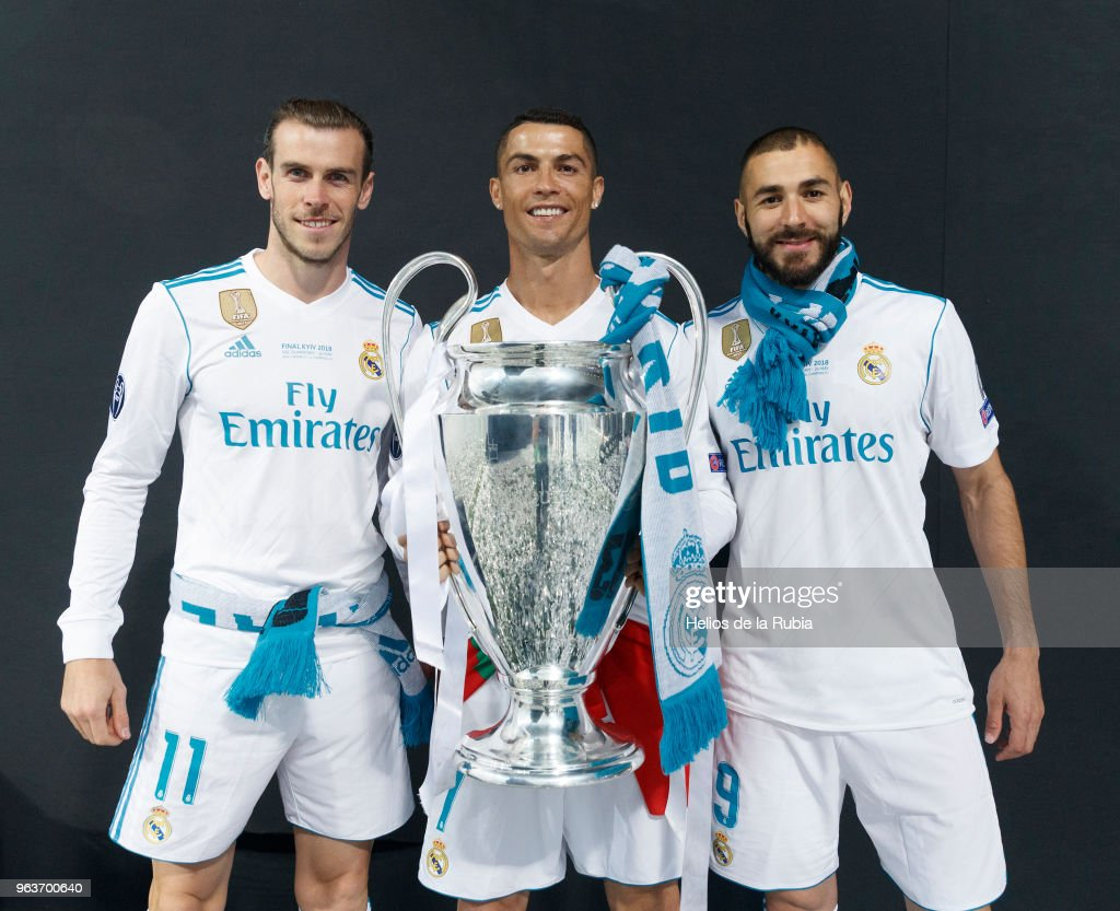 Real Madrid Celebrate After Victory In The Champions League Final Against Liverpool : News Photo